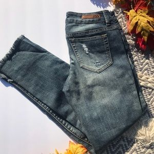 Dollhouse Charley Rose 🌹 Patch Distressed Jeans
